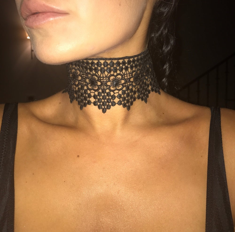 Image of Thick Lace Choker With Flower Print (color options)