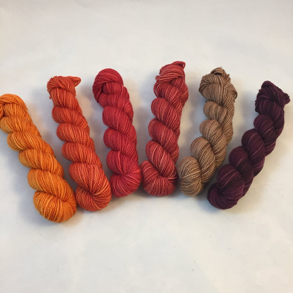 Image of A Little Ditty: Mini Shawl Gradient Set, Opulence MCN, 120 gms