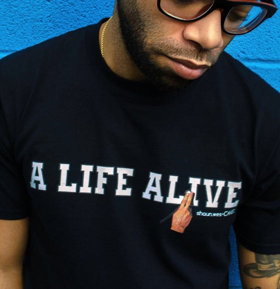 Image of foundation.blk.tee