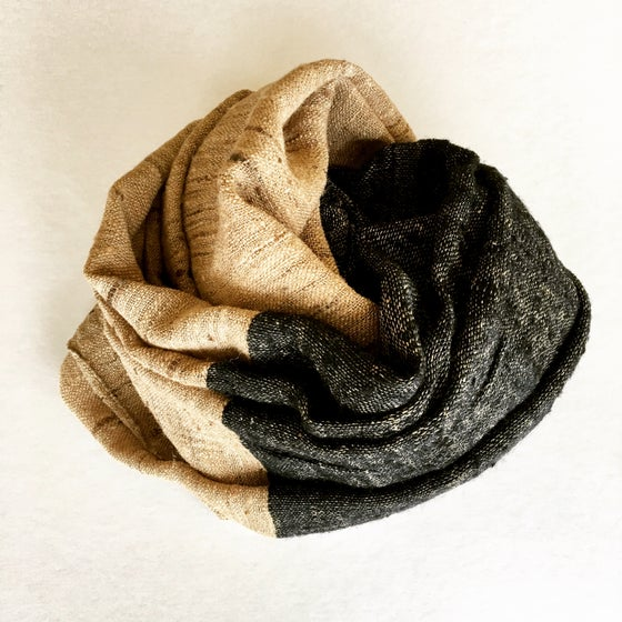 Image of WILD SILK THROW- NATURAL/BLACK