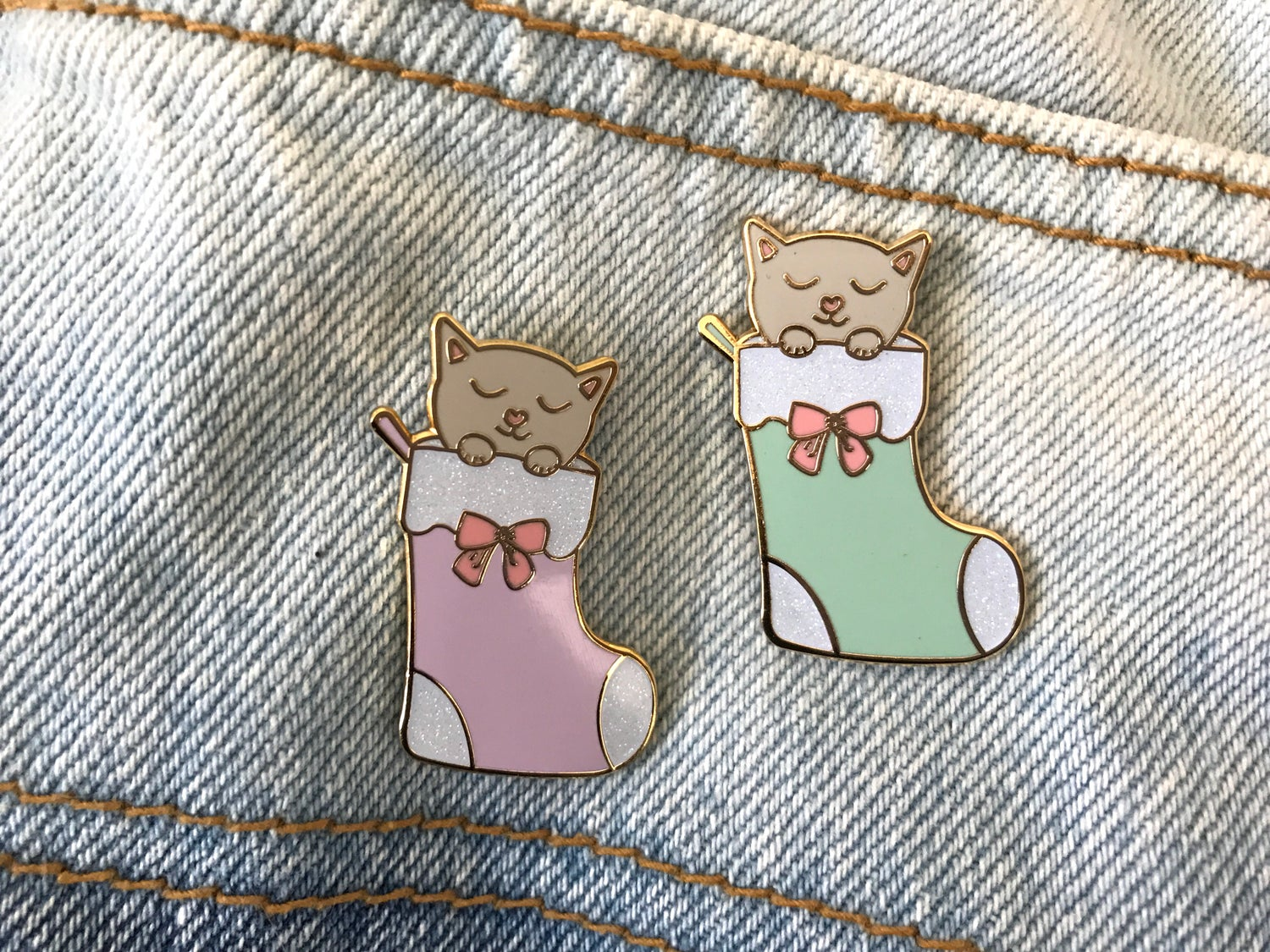 Image of Kitty Stocking Enamel Pin