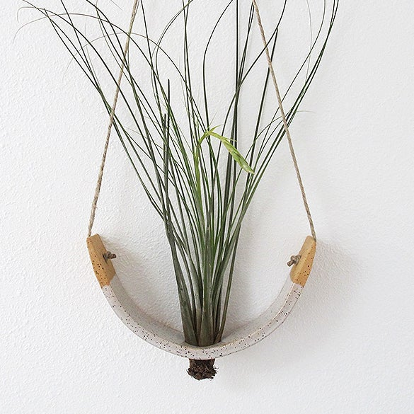 Image of Hanging Ceramic Air Plant Cradle Gloss White Speckled Buff