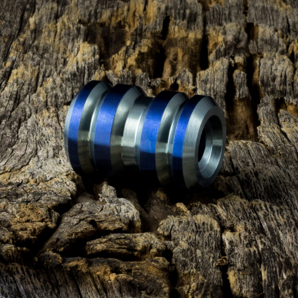 Image of Tank Ice Blue & Electric Blue Ti Bead #1