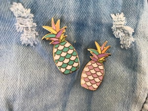 Image of Pineapple Scales Pin