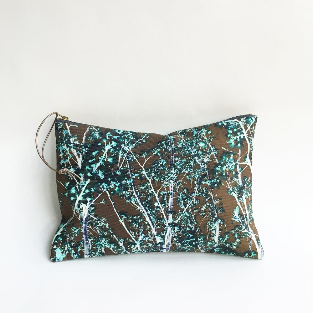 Image of AUTUMN NIGHT Pouch