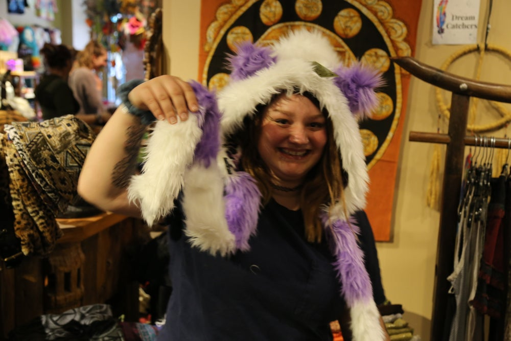 Image of Bolli Bear Paw Hood Lilac White Domino