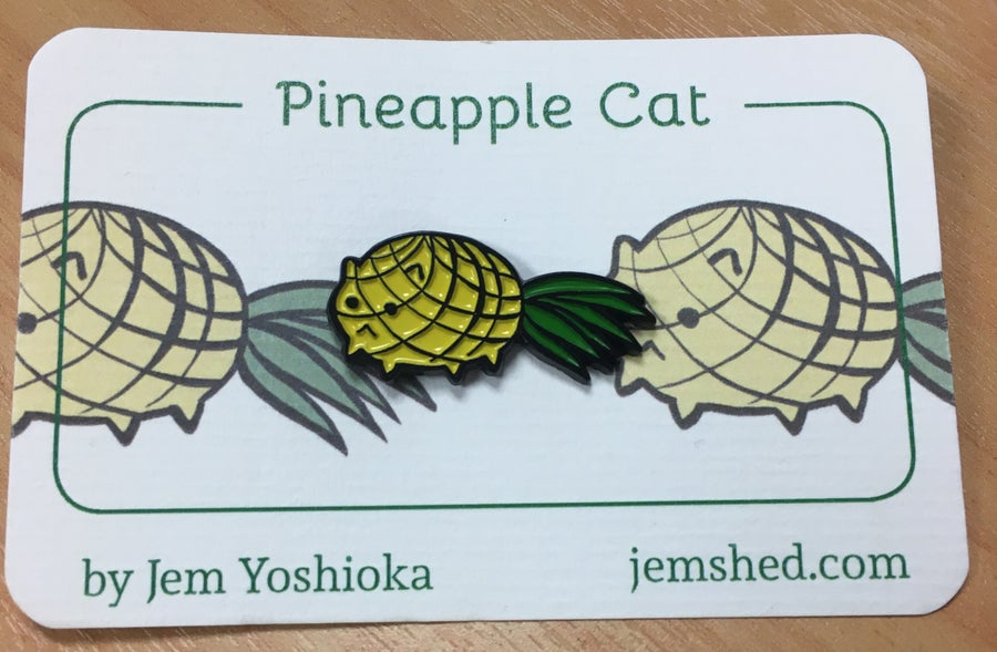 Image of Pineaple Cat - Enamel Pin