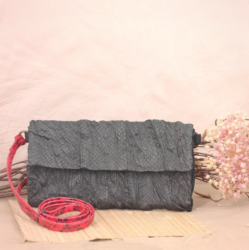 Image of Isinmi snakeskin clutch