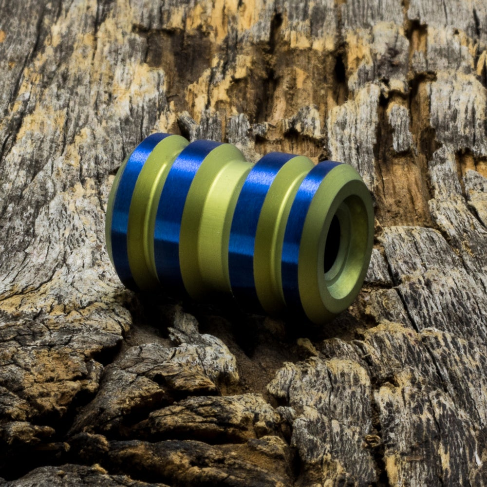 Image of Tank Yellow & Electric Blue Ti Bead #1