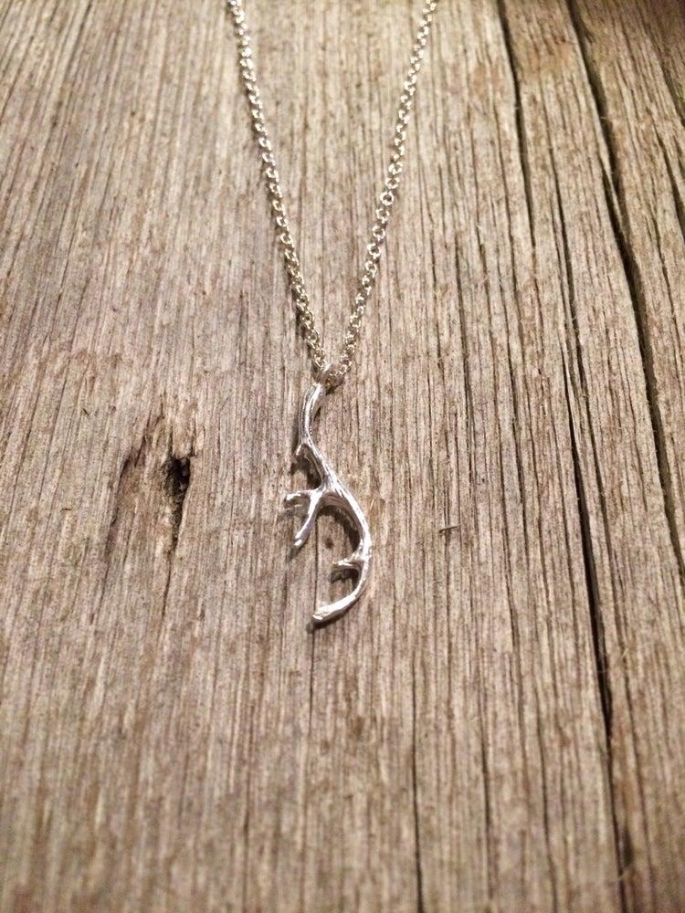 Image of Lette ~ Antler necklace