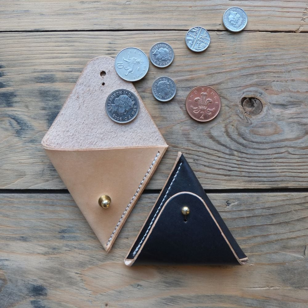 Image of Triangle Coin Case