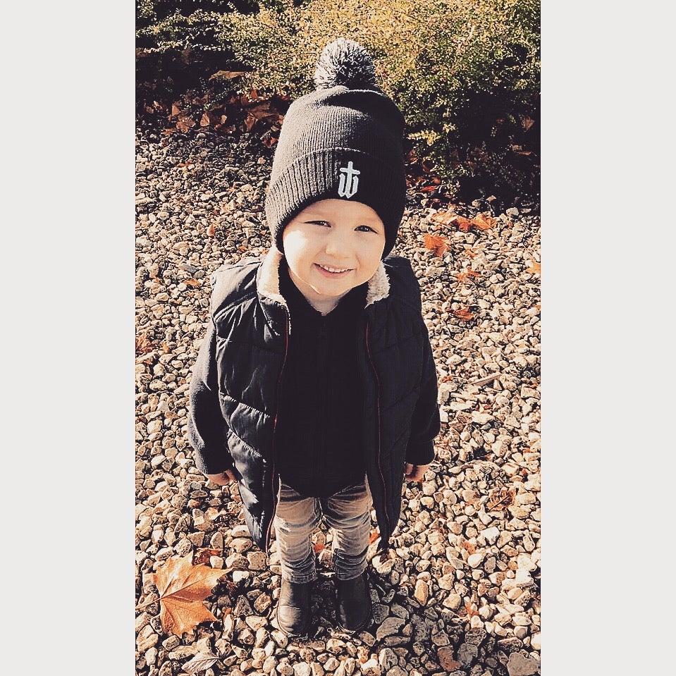 Image of KIDS BOBBLE HAT