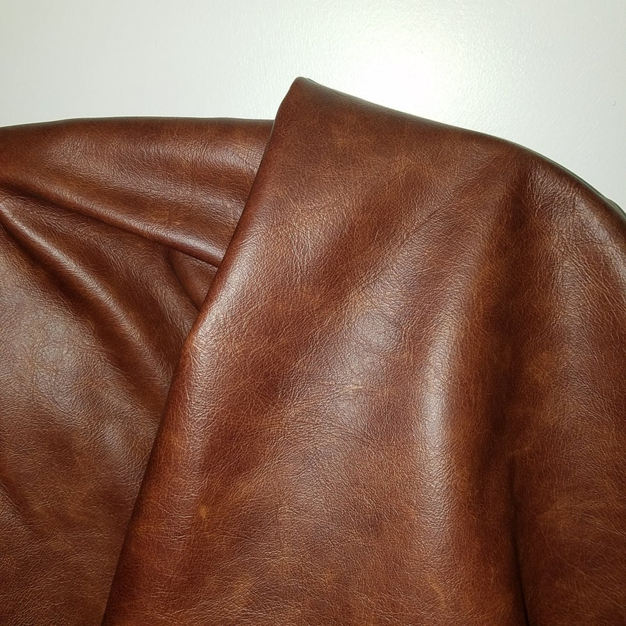 "Image of Cuoio Tan 20 sq.ft ""Old English"" Cowhide Full hide Upholstery 2.5-3.0 oz"