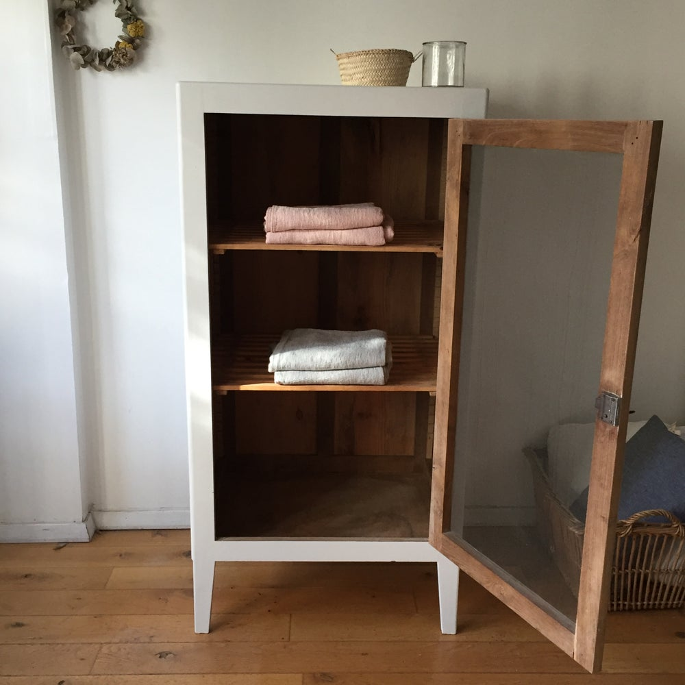 Image of Anicet, meuble grillagé