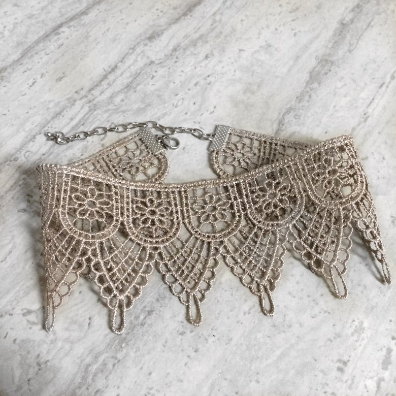 Image of taupe pointed edge lace choker