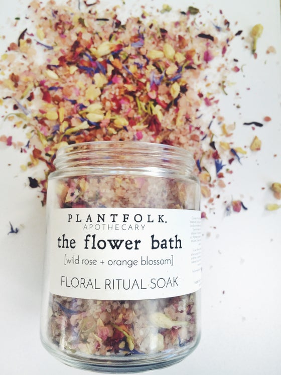 Image of the flower bath {wild rose + orange blossom} floral ritual soak