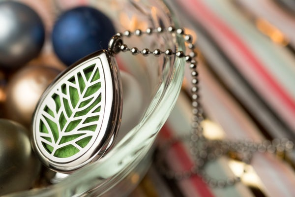 Image of Teardrop Leaf Essential Oil Diffuser Necklace