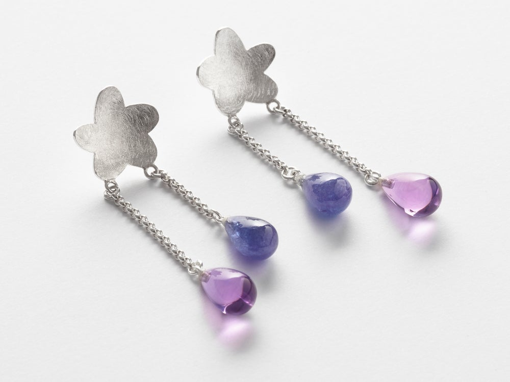 Image of Étoile chanceuse earrings in silver with amethyste and tanzanite