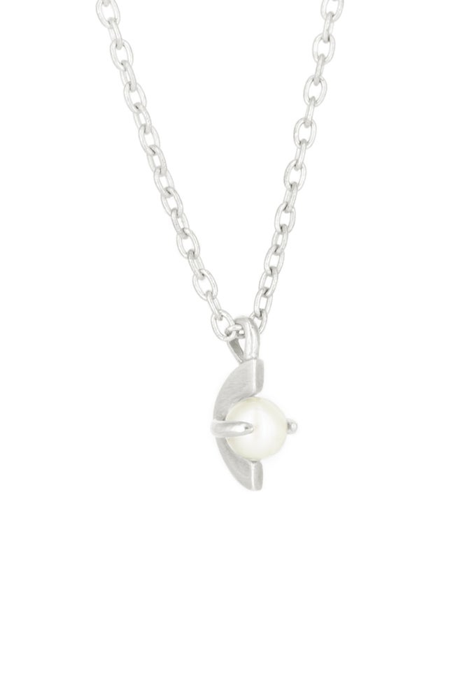 Image of MOONAGE PEARL NCKLACE- SILVER