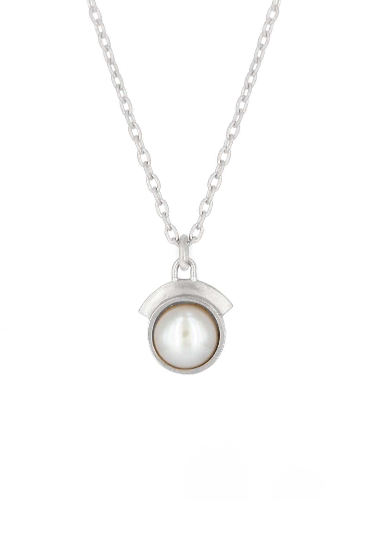 Image of PEARL DREAM SEQUINS NECKLACE- SILVER