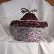 Image of Basket with Lid Medium