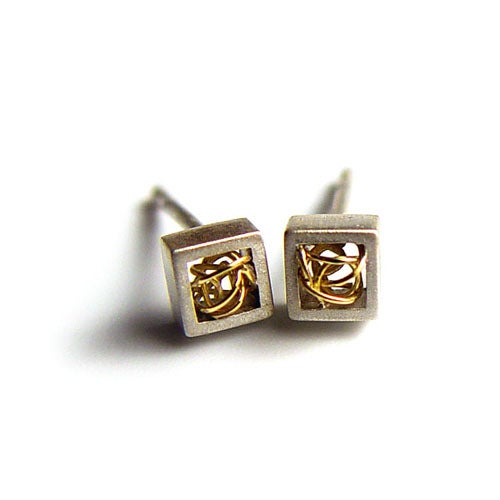 Image of Cubic Ear Studs With Woven Wire