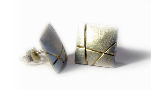Image of Square Cushion Earrings With Grooves
