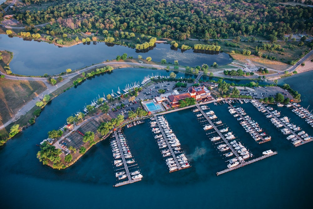 Image of detroit yacht club