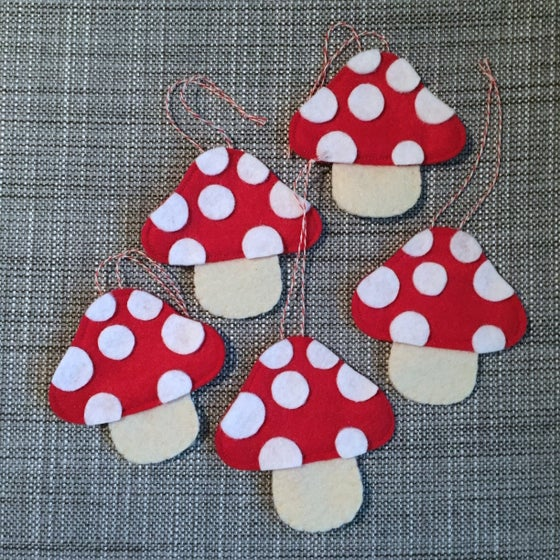 Image of toadstool ornament