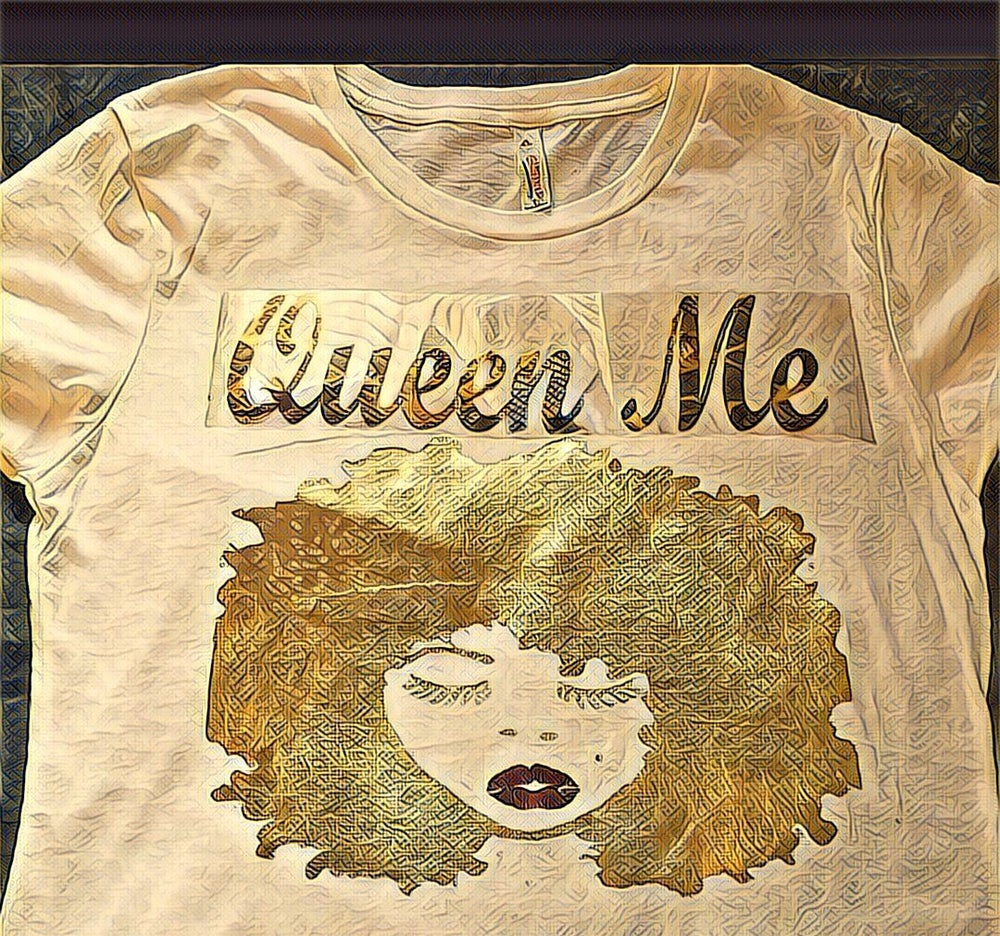 Image of Queen Me Gold T SHIRT