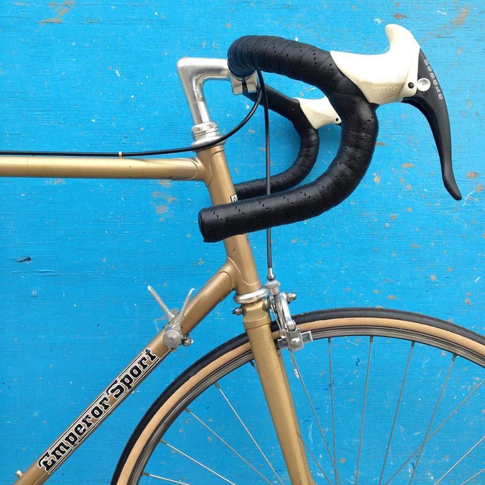Image of Emperor Sport 60cm seat 57 cm top
