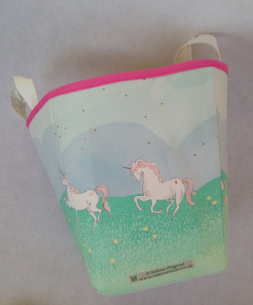 Image of 'Pastel Unicorns' Box Bag