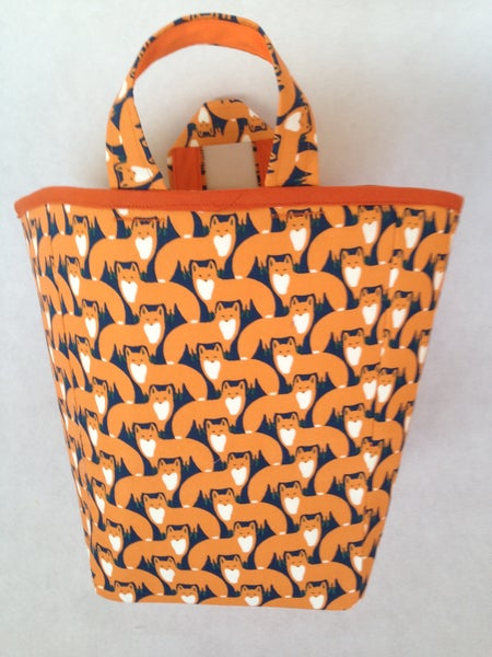 Image of 'Foxes' Box Bag