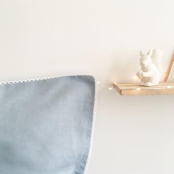 Image of Linge de lit LIN Bleu glacier - Croquet dentelle blanc -40%, 59.40€ au lieu de