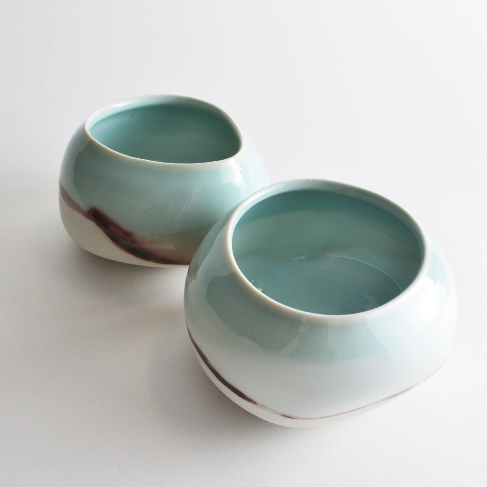 Image of altered pouch bowl