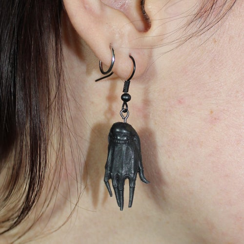 Image of VILLAIN HANDS EARRINGS