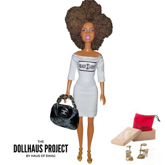 Image of Seaux Classy | Afro Blow-Out Hair Fashion Collector Doll