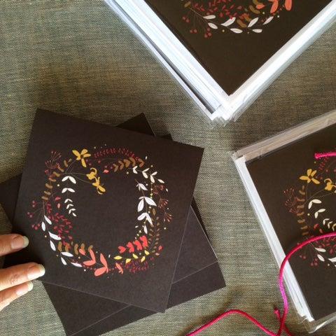 Image of Elegant Christmas Wreath Greeting Card Set