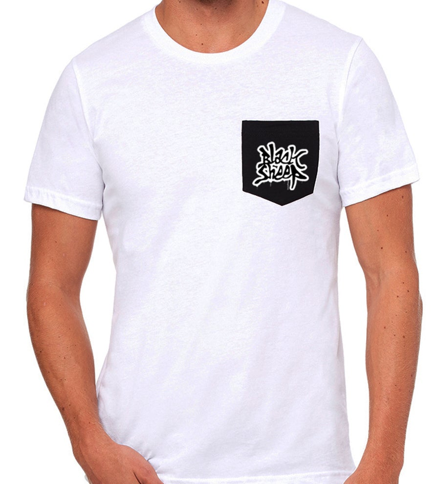 Image of POCKET T-SHIRT (SNOW/BLACK)