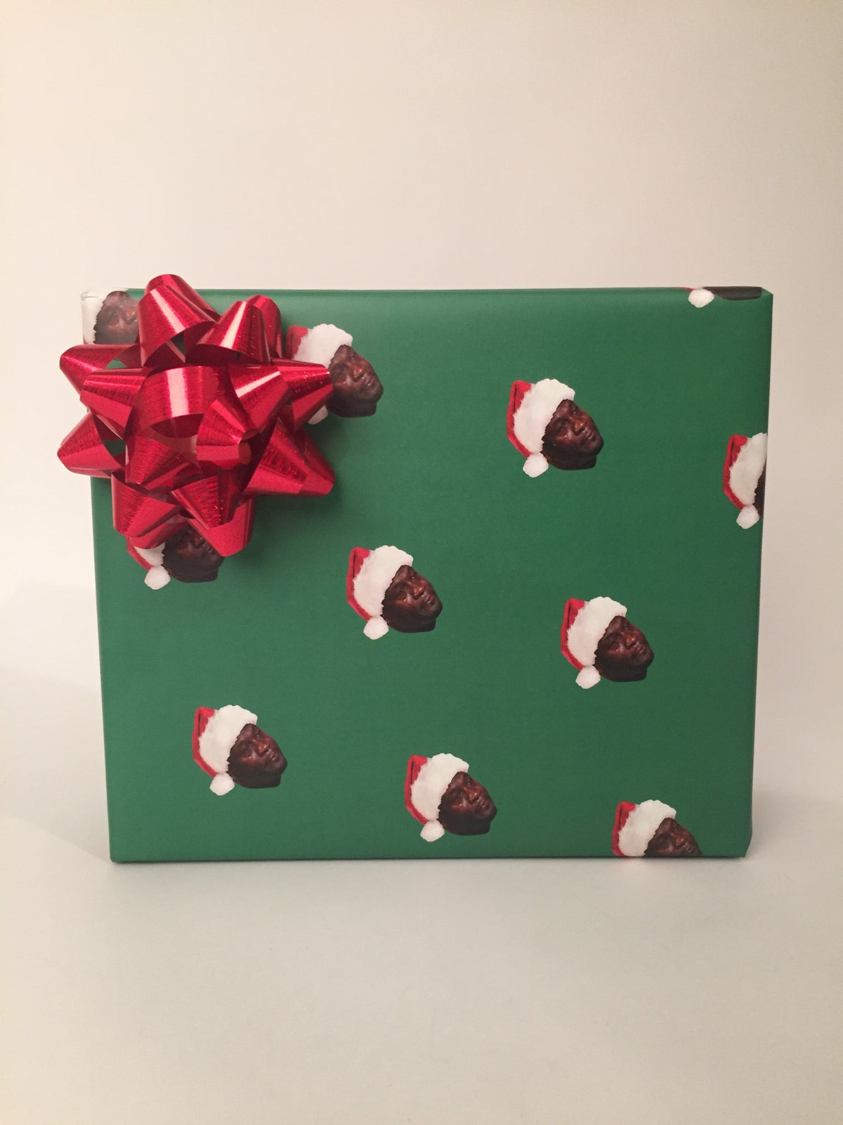 "Image of ""Crying Face"" - Christmas Wrap"