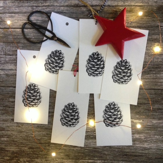 Image of Pinecone Gift Tag - set of 5