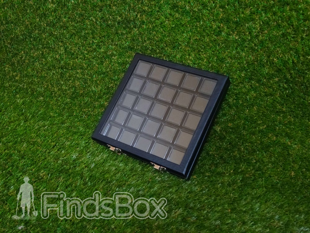 Image of Metal Detecting Finds Display - 25 Small Display & Protect Box