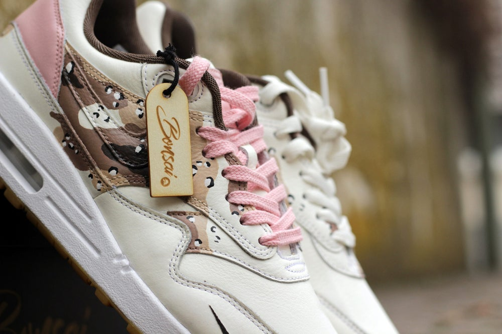 Image of Pink Camo Air Max 1