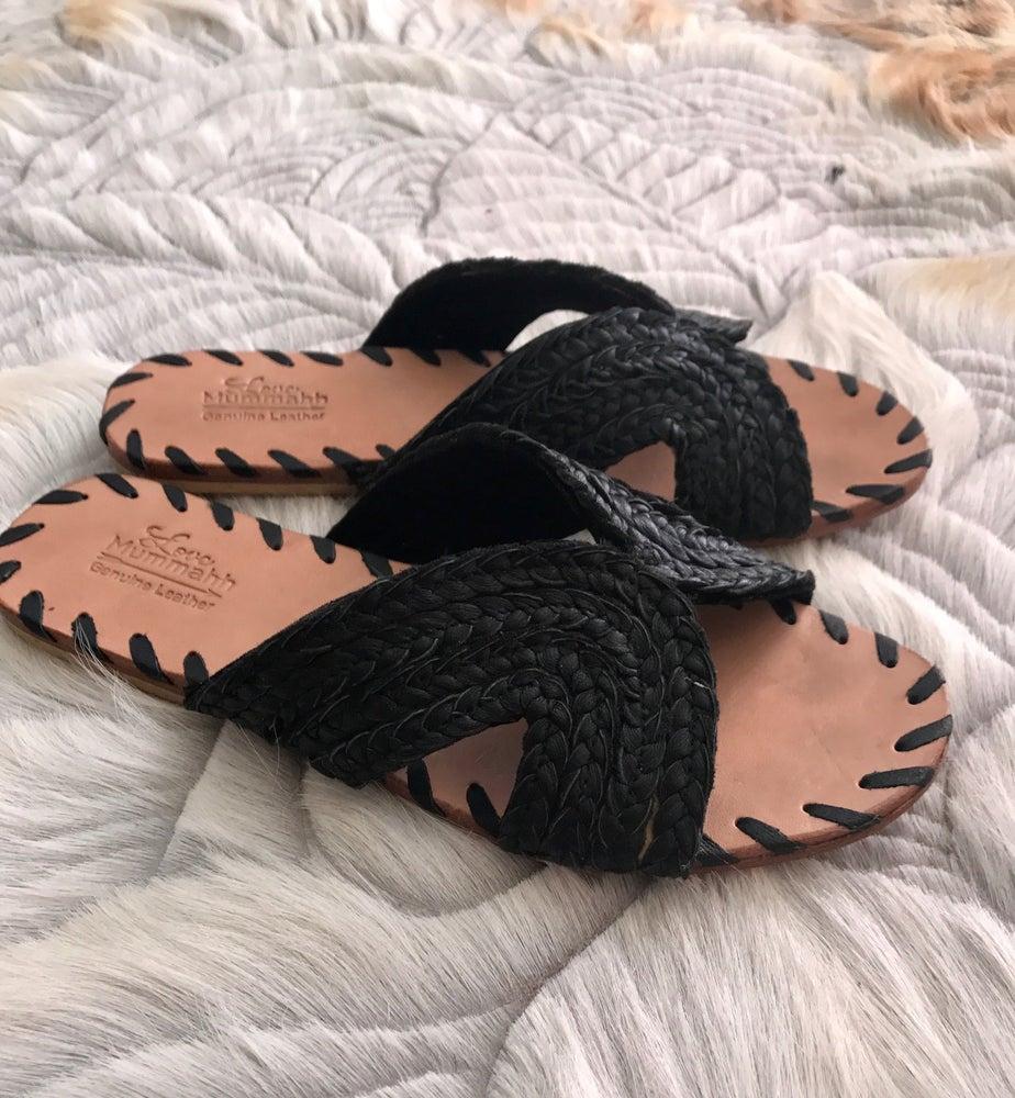Image of Ladies Luna Leather plait sandals - BLACK