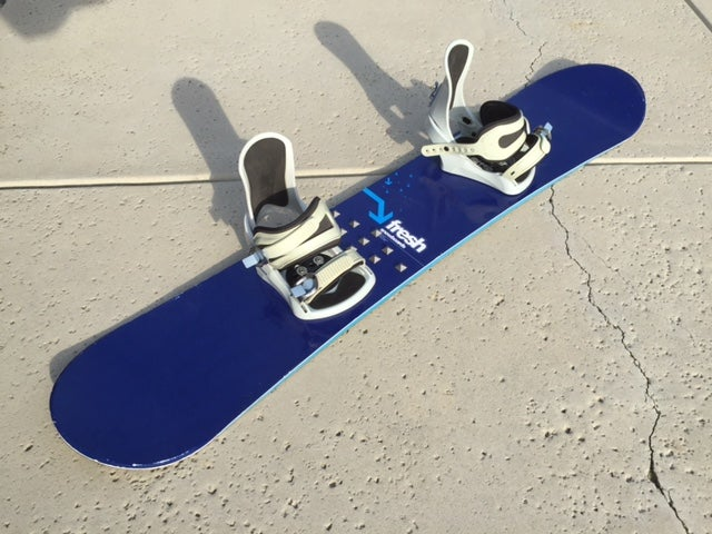 Image of Fresh 147 Snowboard with med/lrg 5150 bindings
