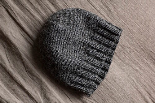 Image of Beginning Knit Hat