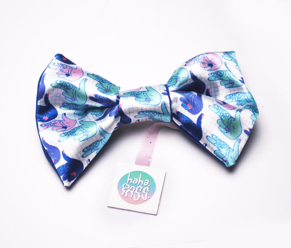 Image of Shoot Me Hair Bow
