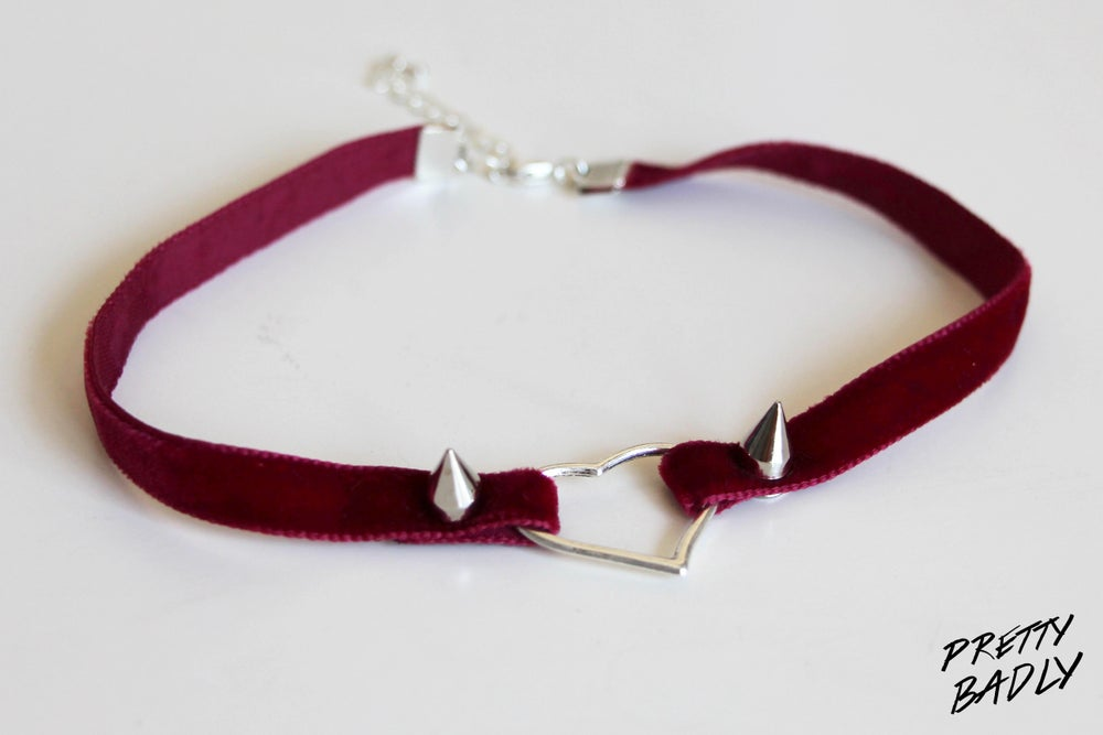 Image of Velvet Heart Choker - burgundy / Choker Cœur Velours - bordeaux