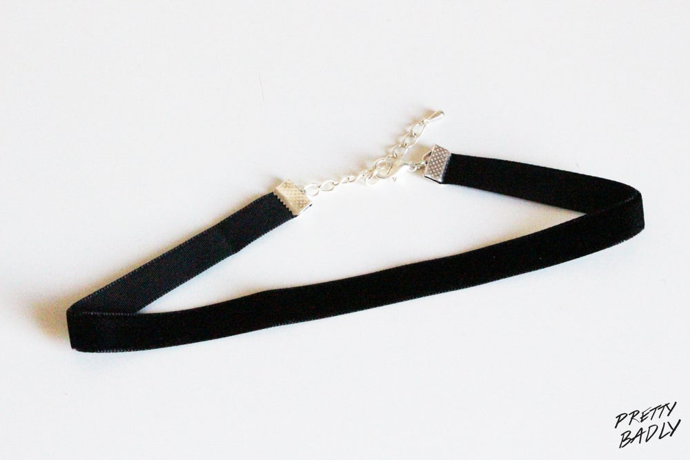 Image of Plain Velvet Choker / Choker velours simple