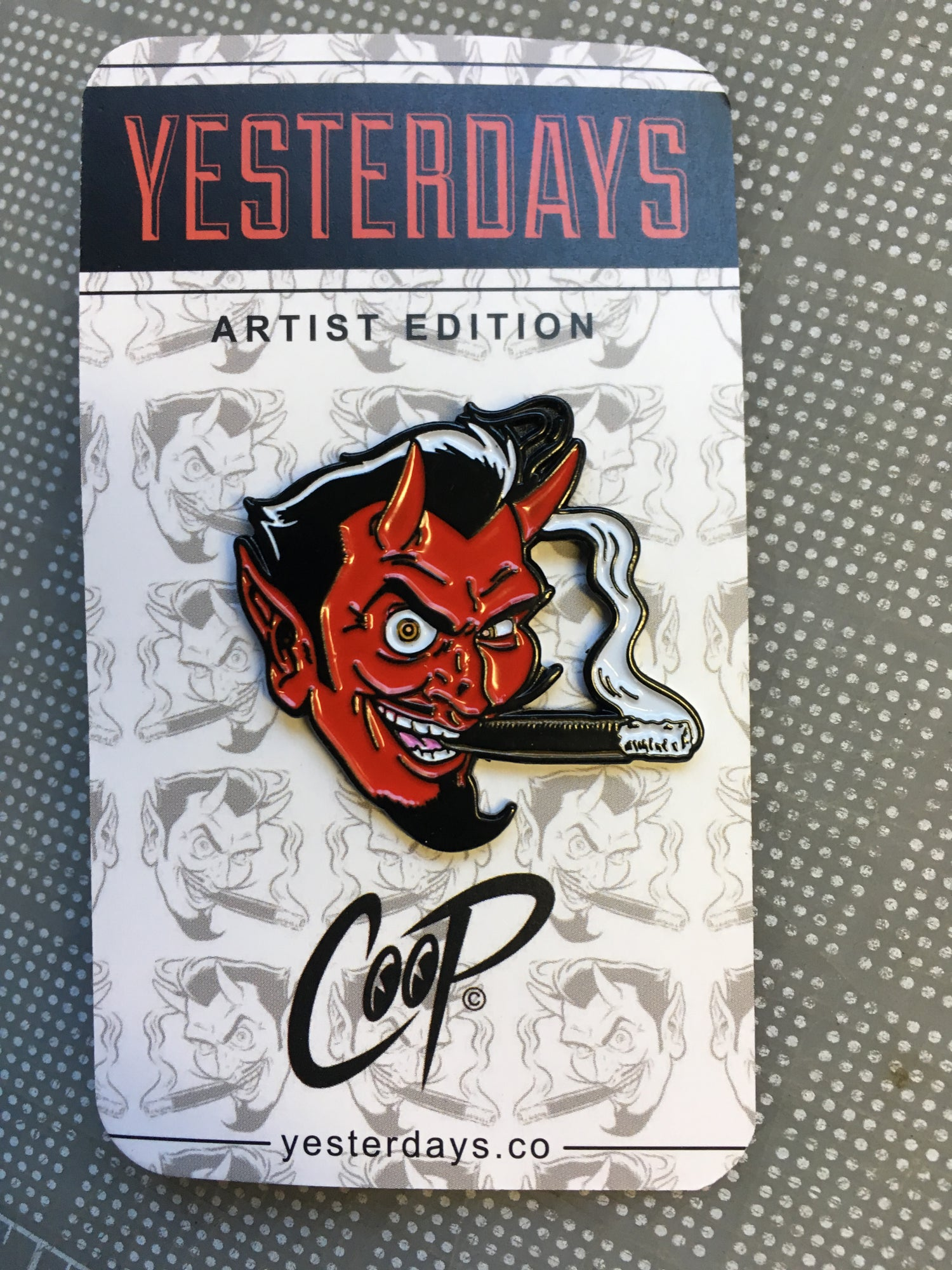 Image of SMOKING DEVIL enamel pin